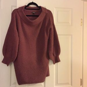 Express balloon sweater